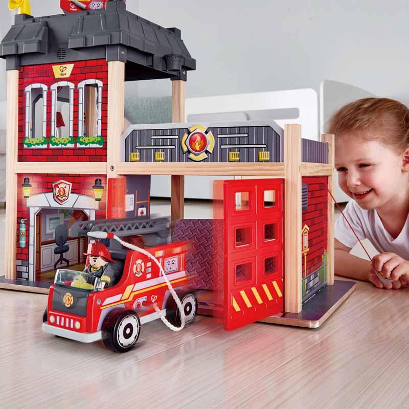 Fire Station E3023 Hape Toys